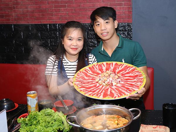 khach-hang-tai-9life-hotpot-bbq