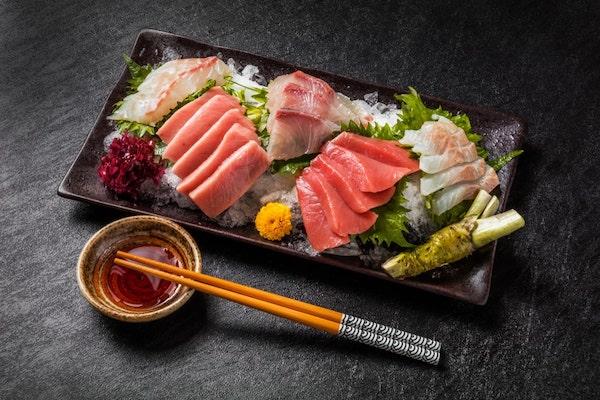 sashimi-tinh-te